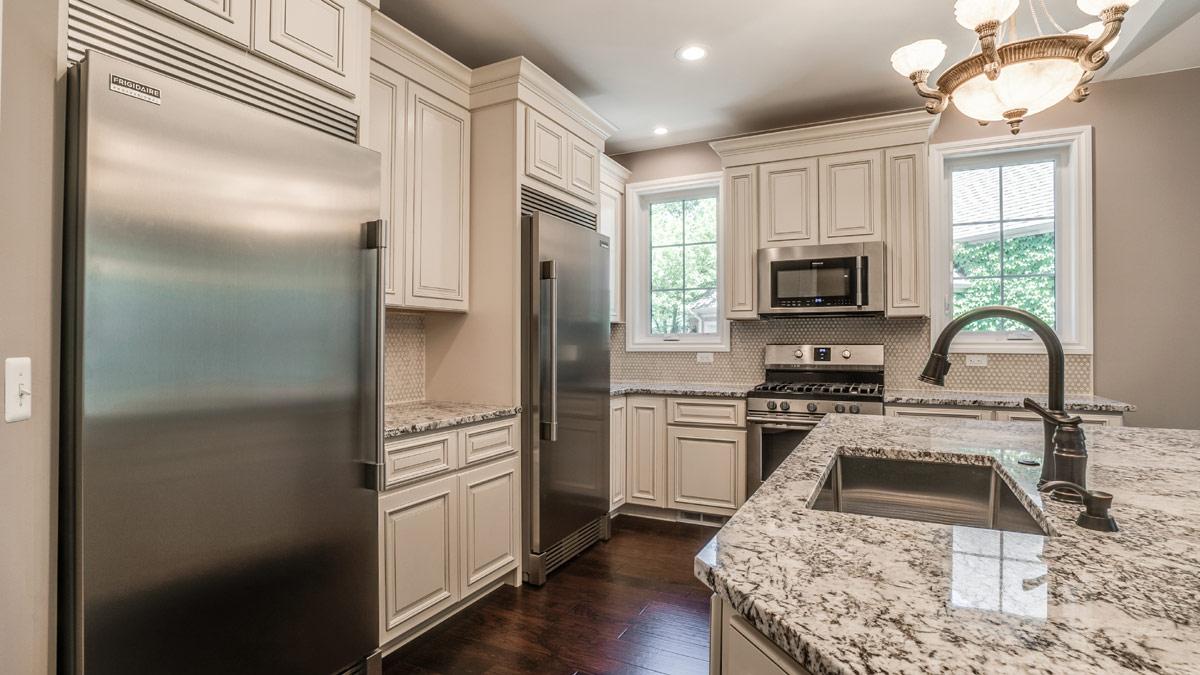 Beautiful Classic Kitchen