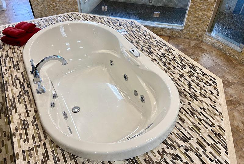 Whirlpool & Air Tubs